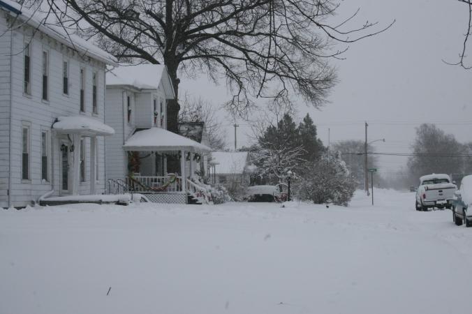 let it snow... let it snow.... let it snow